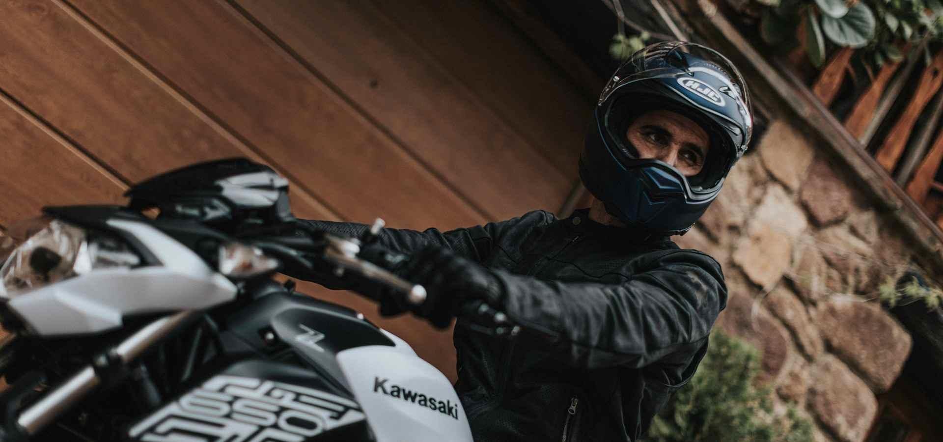 La historia de los cascos HJC y su participación en el Moto GP