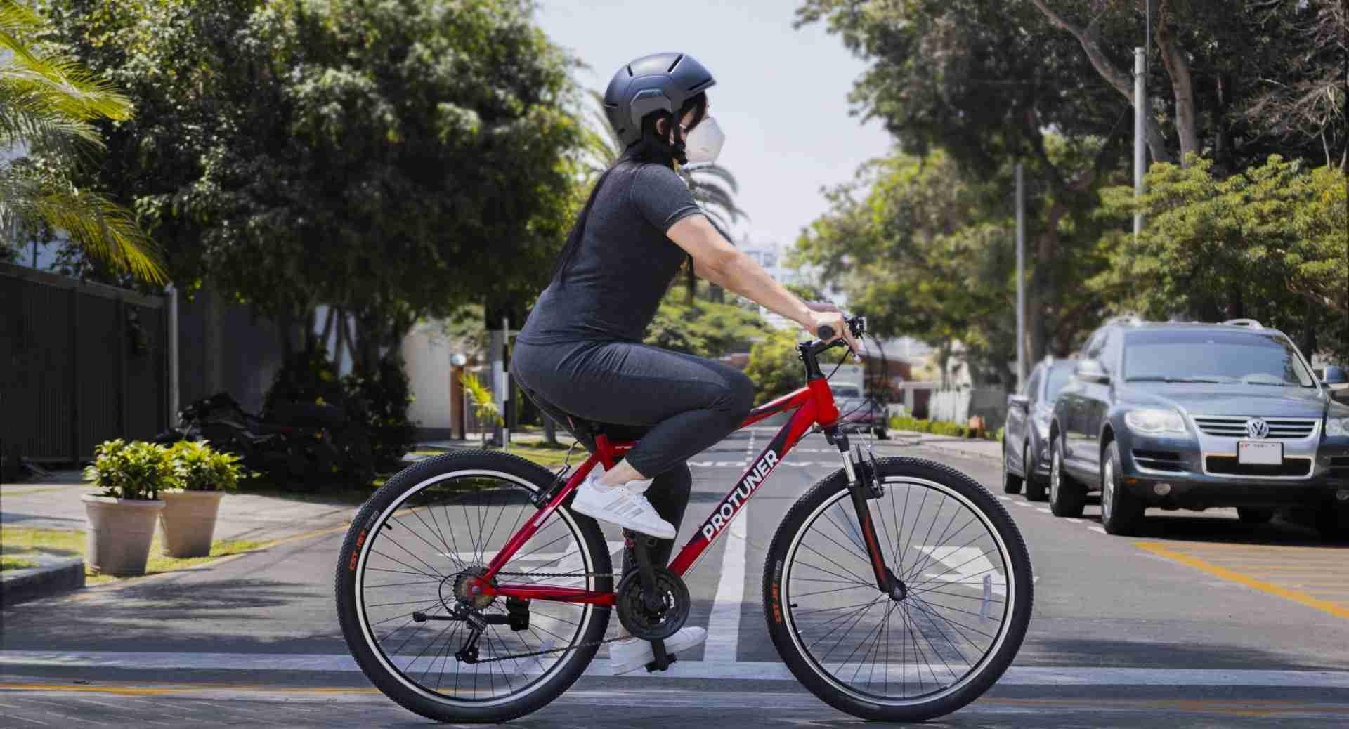 Conoce las señales del ciclista y usa correctamente los accesorios para ciclistas con Protuner